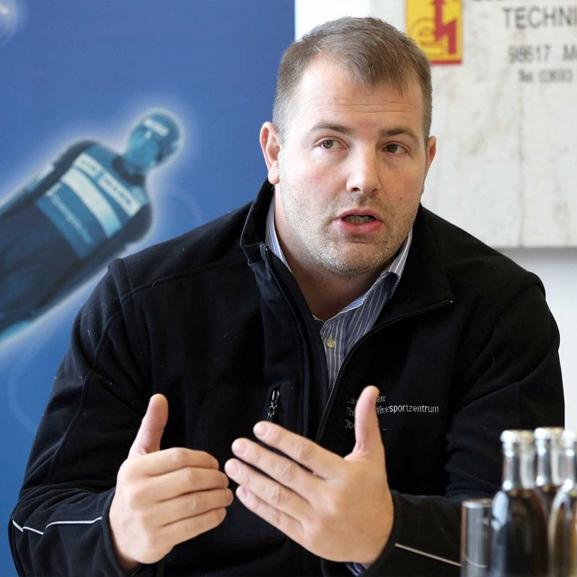 Olympialegende André Lange bis 2026 exklusiv bei SPORT SPEAKER GmbH